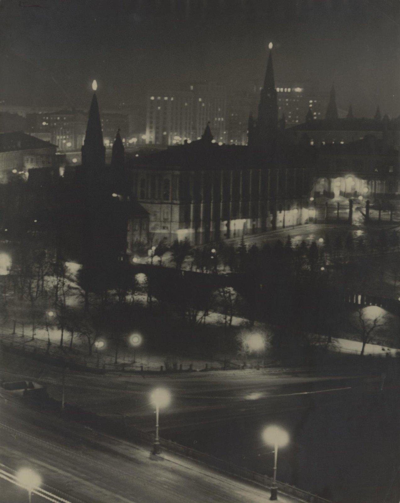 1940-е. Москва ночью (3)