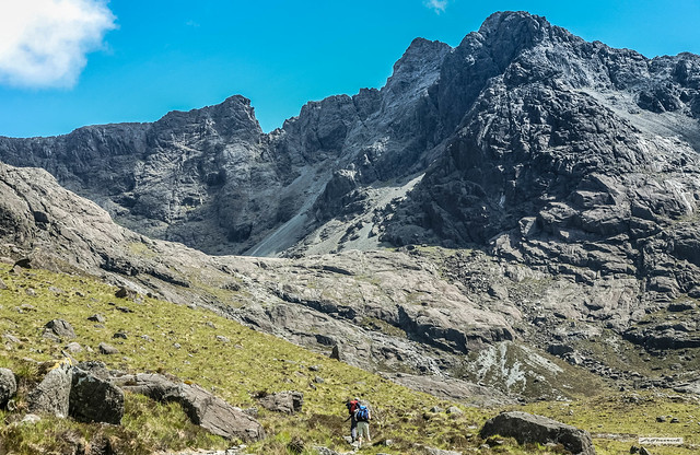 Sgurr Alasdair, 993 metres, 3,258 feet, is the highest peak off the Mainland. Seen here, it is the peak second from the right. Here, we were approaching the rocky lip of Coire Lagan. Then the 1,500 foot Great Stone Chute of large, sharp scree lay in wait.