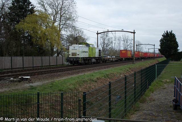 20210402_NL_Hulten_Captrain CT-102 with containertrain