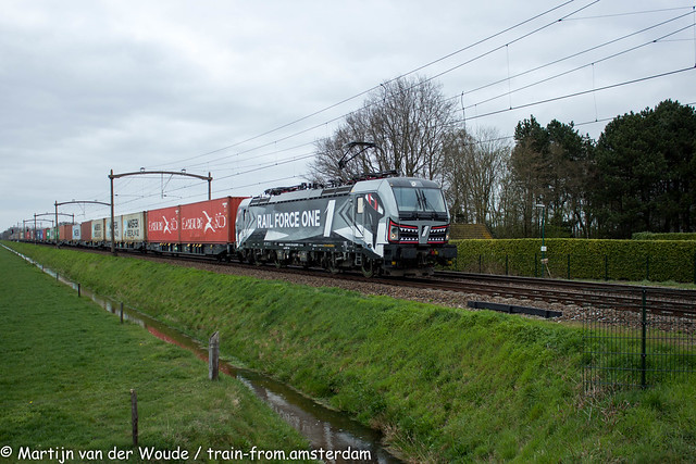 20210402_NL_Hulten_RFO 193 613 with Containertrain