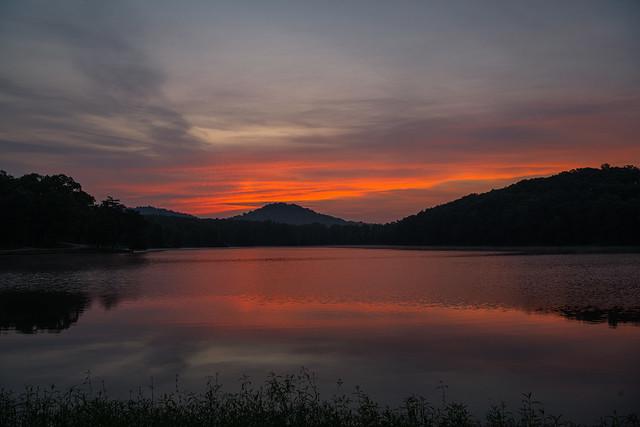Morning twilight over Sportsmen Lake