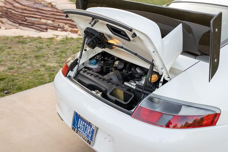 Porsche-911-GT3-RS-14