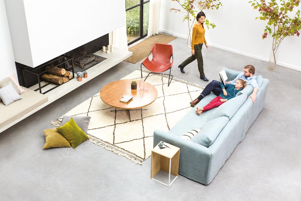 Livingroom-Family-WEB-HD