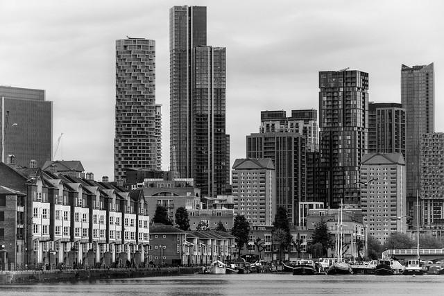 Surrey Quays and Canary Wharf …