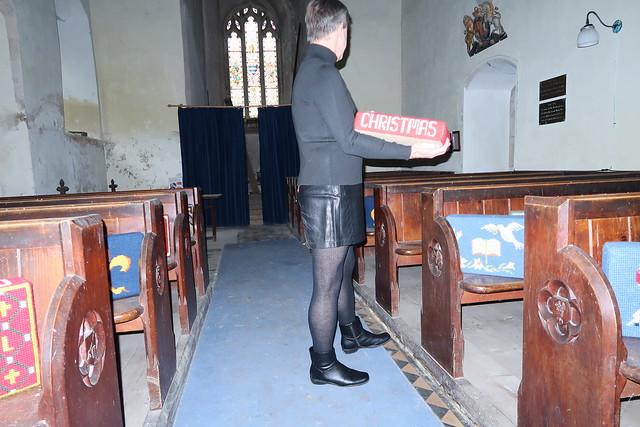 Christmas kneeler