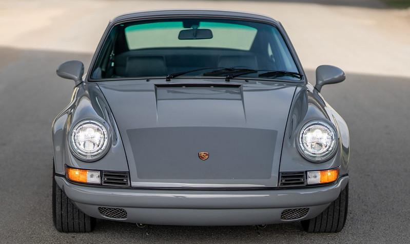 Porsche-911-Restomod-2