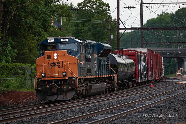 CSXT EMD ST70AH #8907 @ Woodbourne, PA