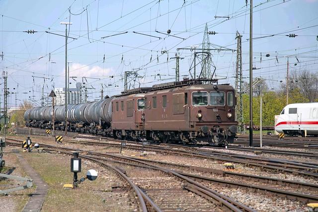 BLS Re 425 180 + 425 175 Basel Badischer Bahnhof