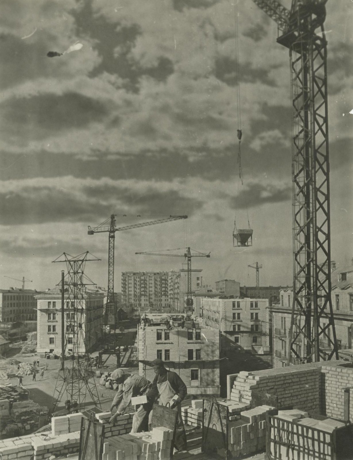 1949. Панорама строительства на Песчаной улице