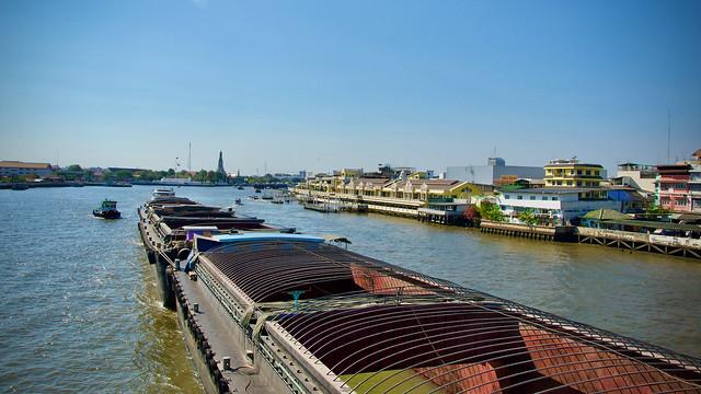 Shipment on Chaophraya River