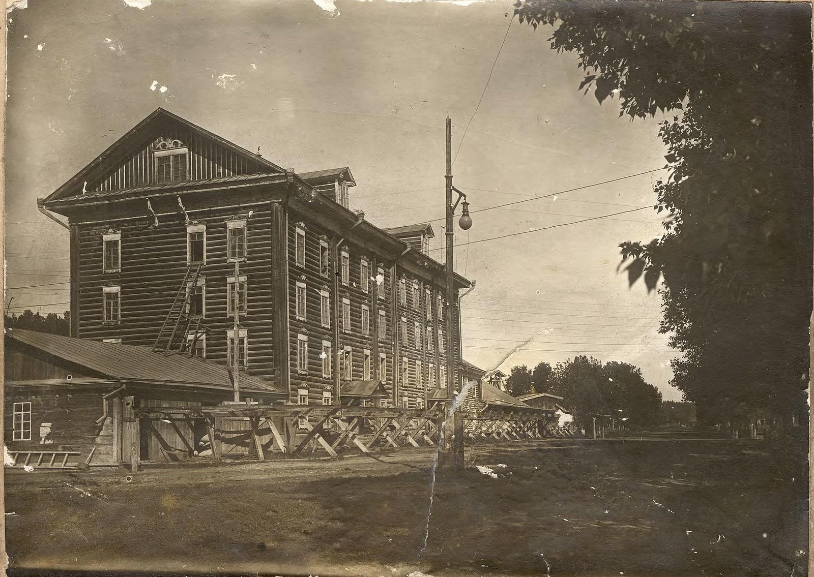 1880. Здание мельницы купца Горохова