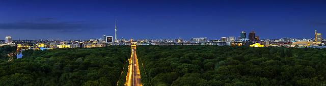 Inner city    [Berlin Skyline Panorama]