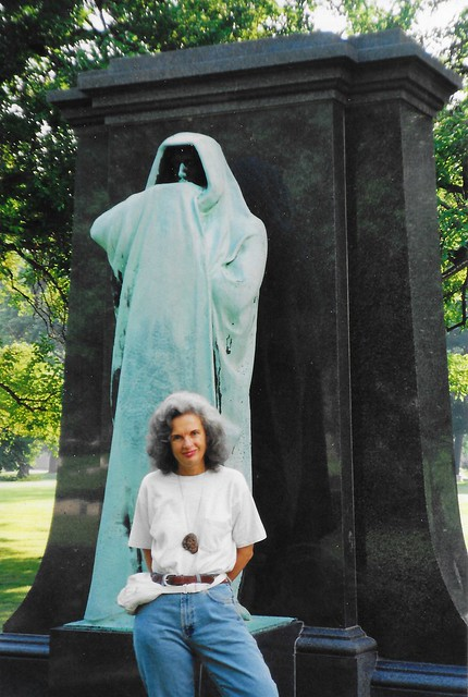 Chicago  Illinois - Graceland Cemetery - Dexter Grave - Eternal Silence