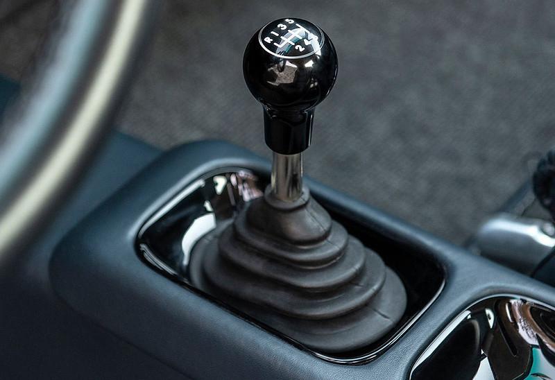 Singer-Porsche-911 (3)