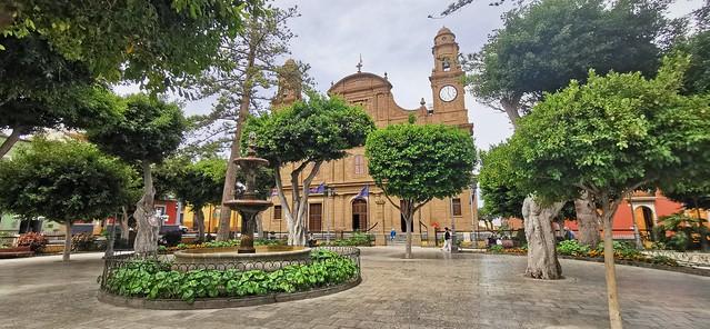 Iglesia de Santiago de los Caballeros Plaza de Santiago de Gáldar isla de Gran Canaria 02