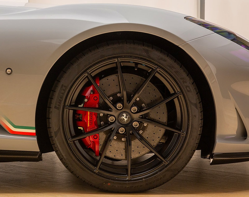 Ferrari-812-Superfast (1)