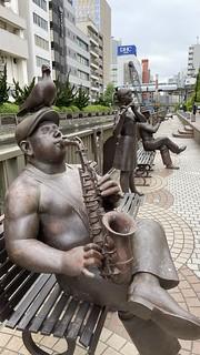 音楽隊銅像