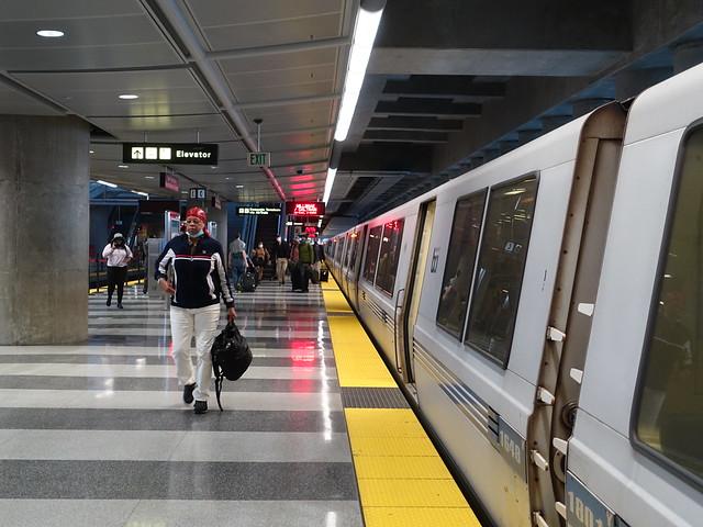 202105313 San Francisco BART station 'San Francisco International Airport