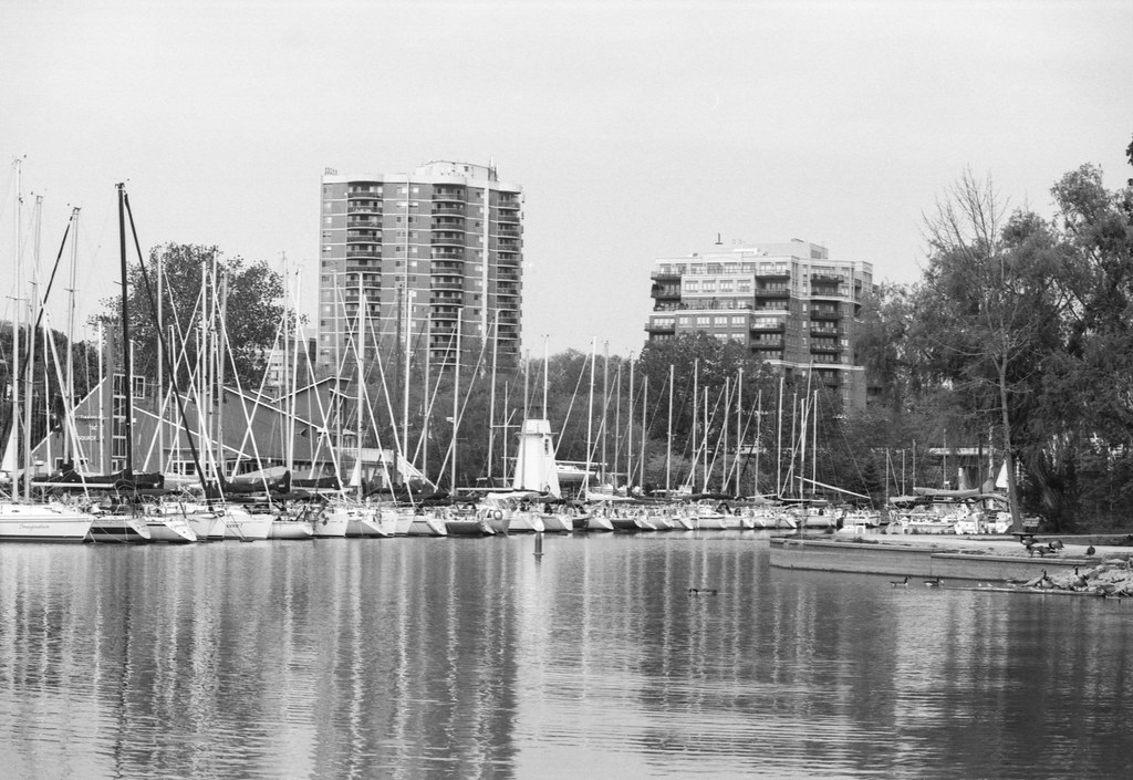 Boats and Highrises on the Lower 16