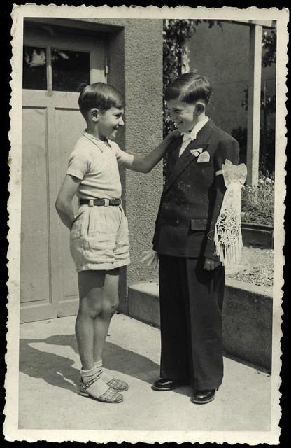 ArchivTappen233A963 Erstkommunion, Frankreich, 1930er