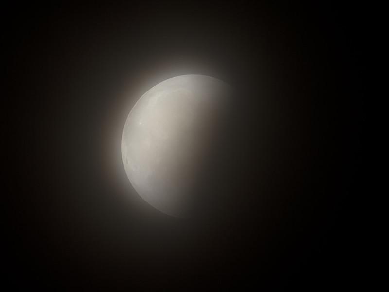 月食 (2021/5/26 21:28)