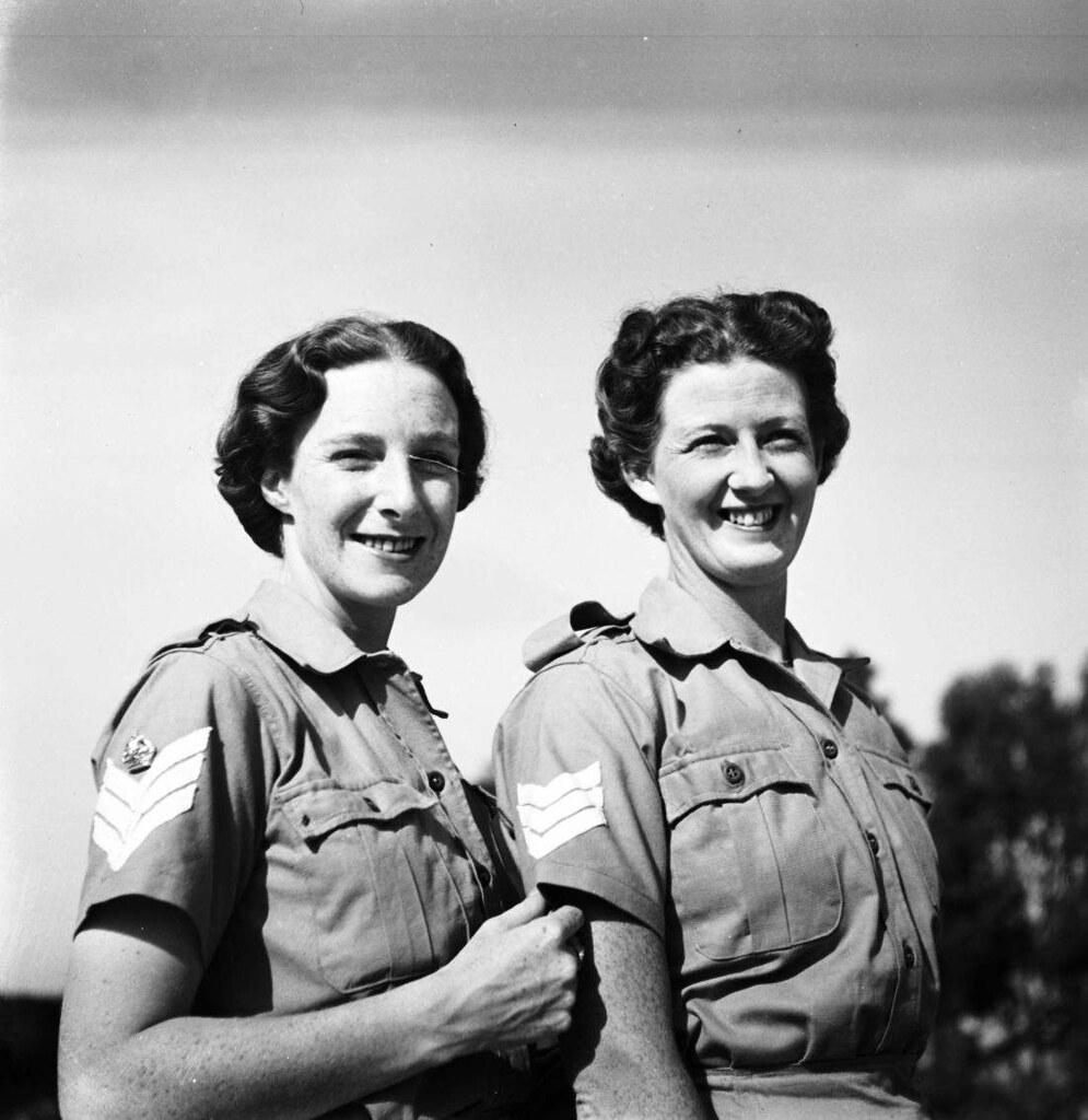 04. 1942. Вспомогательный женский корпус (8)