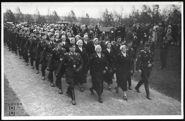 ArchivTappen233A976 Militär und Krankenpflegekräfte, 1930er