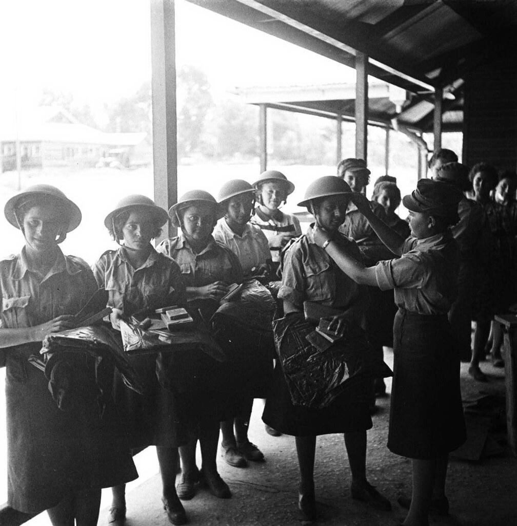 12. 1942. Вспомогательный женский корпус. Новобранцы