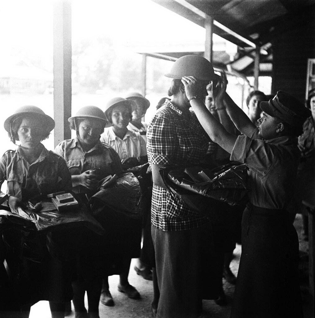 13. 1942. Вспомогательный женский корпус. Новобранцы1