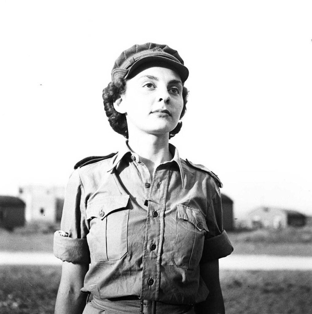 02. 1942. Вспомогательный женский корпус (3)