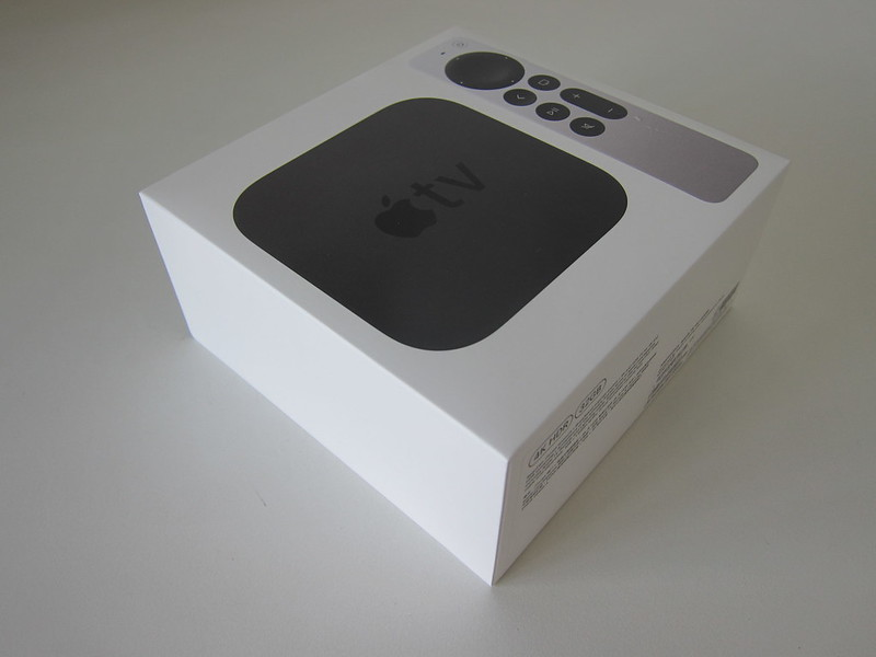 Apple TV 4K (2nd Generation) - Box