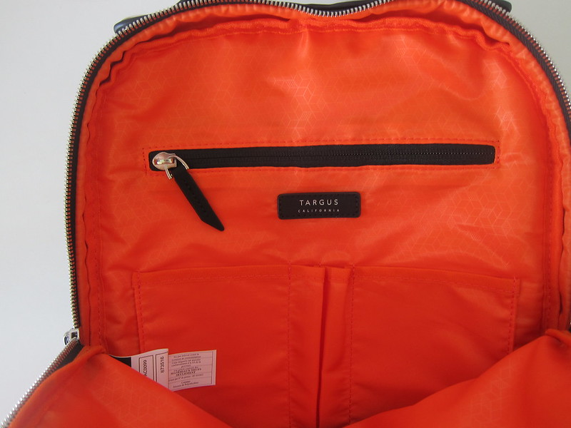 Targus 15 Inch Newport Backpack - Main Compartment - Inside