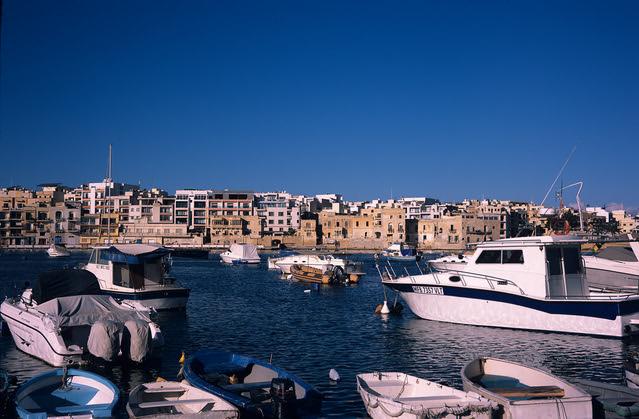Malta Harbour (Voigtländer Bessa II / MF Provia)