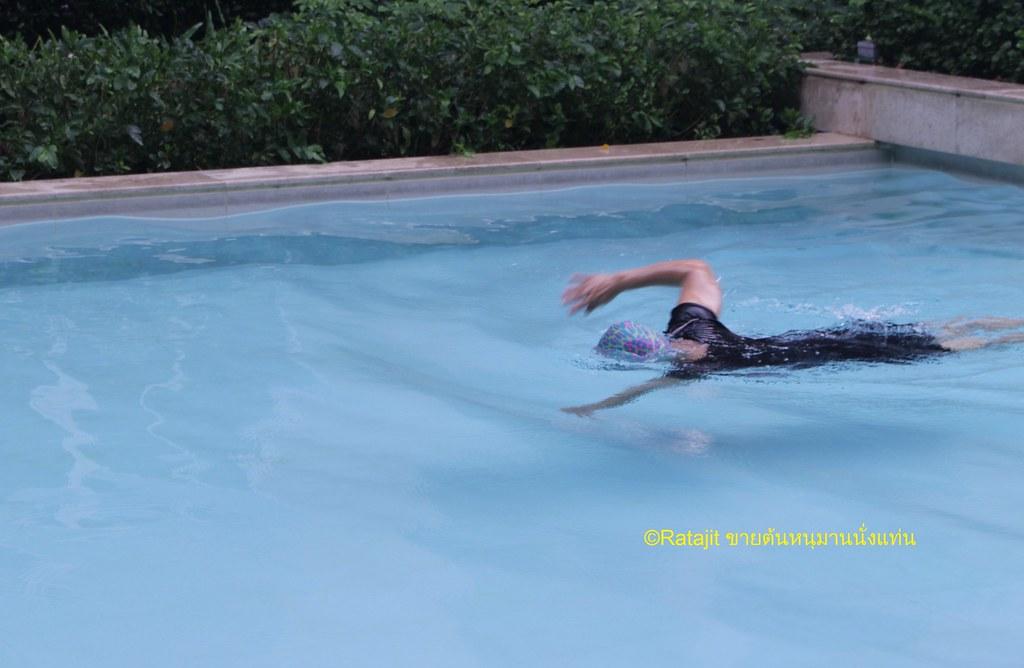 วิธีการรักษาแขนชา ว่ายน้ำ