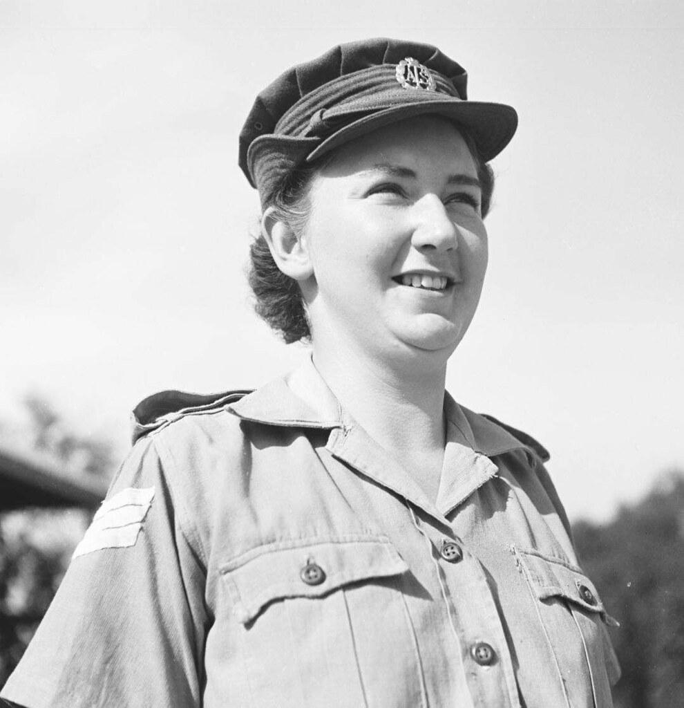 05. 1942. Вспомогательный женский корпус (2)