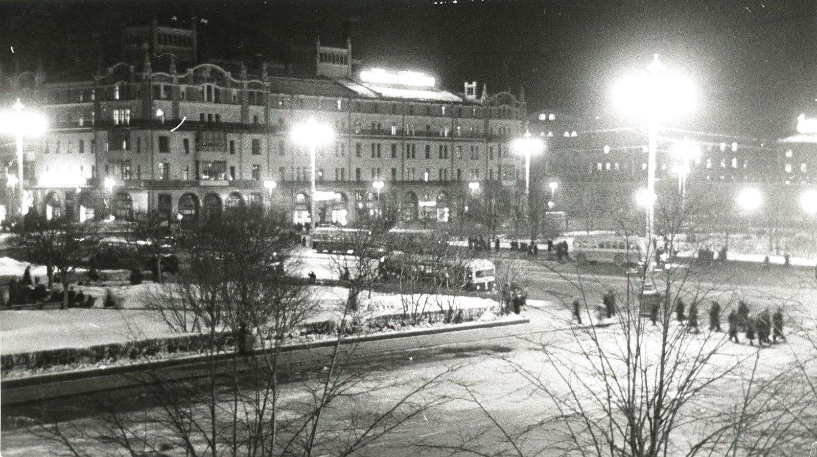 1950-е. Москва вечером. «Метрополь»