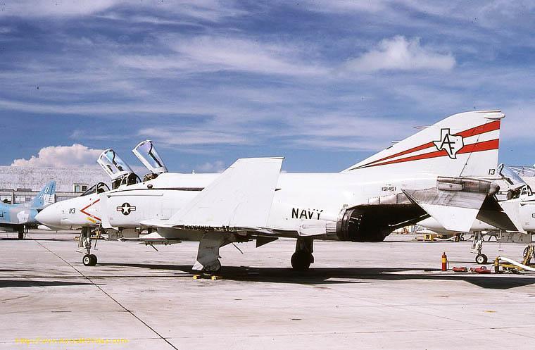 31643819151451-AF-113 F-4J VF-201 1980