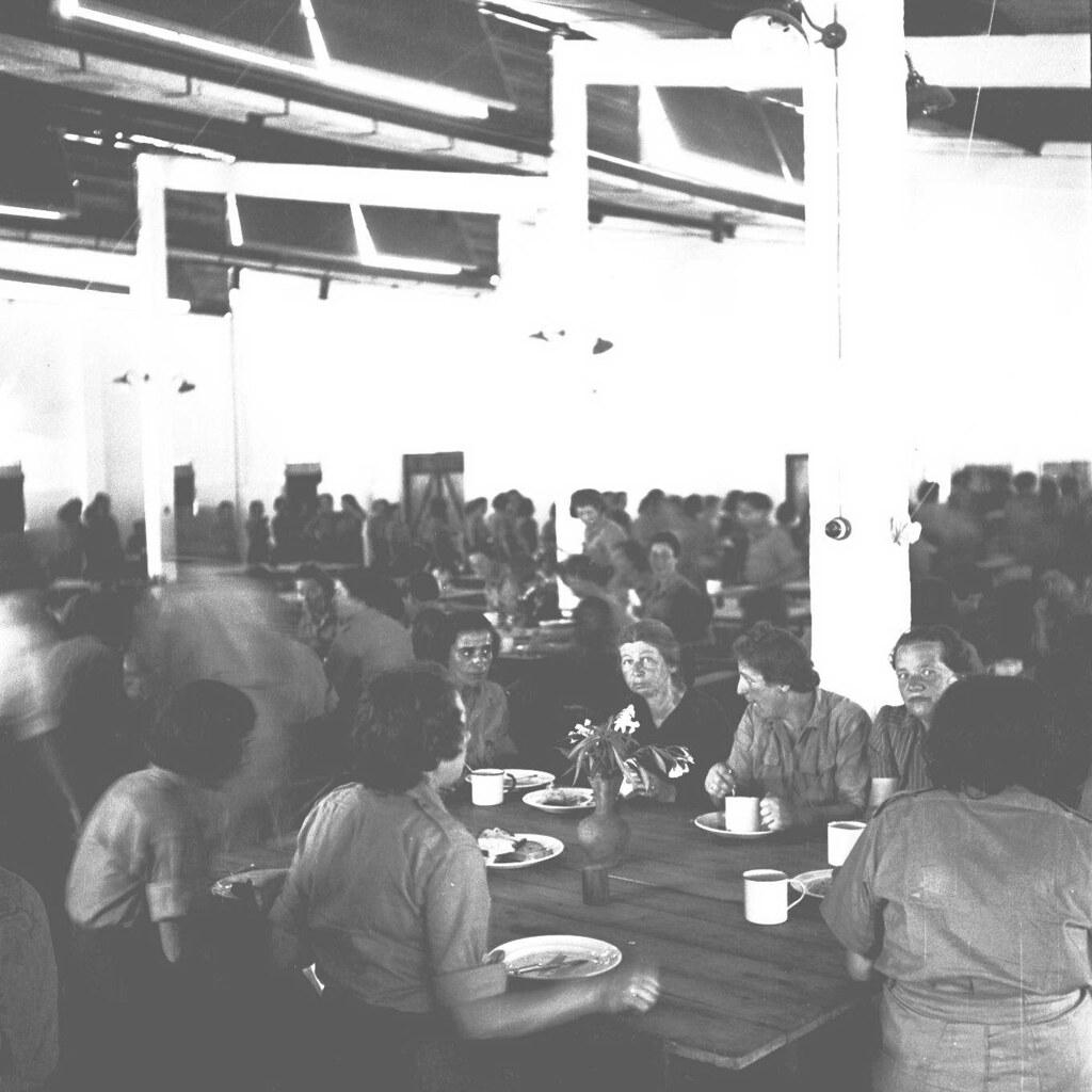 28. 1942. Вспомогательный женский корпус. Специальные констебли