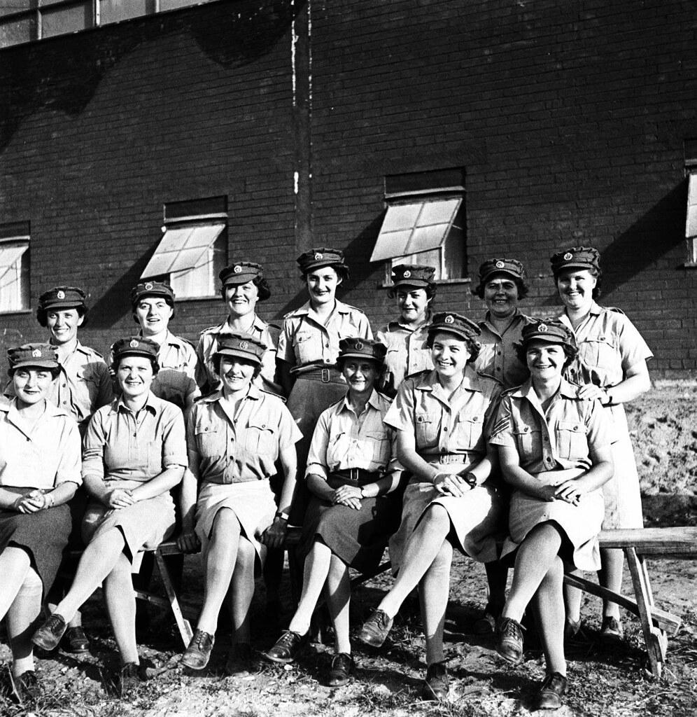 11. 1942. Вспомогательный женский корпус