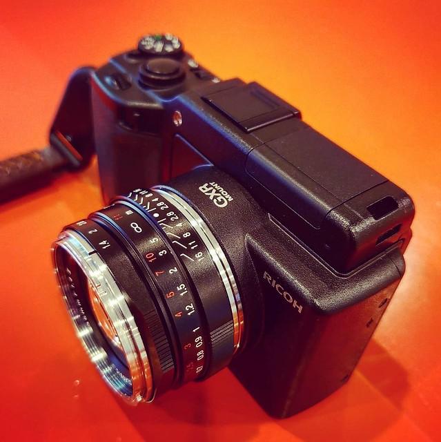 Voigtlander 35mm f1.4 II x Ricoh GXR 遲來的邂逅