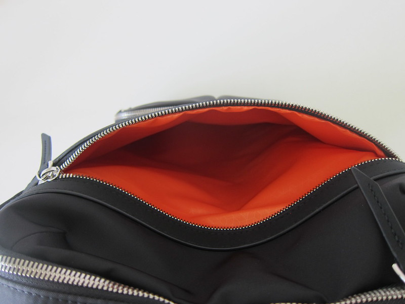 Targus 15 Inch Newport Backpack - Middle Compartment