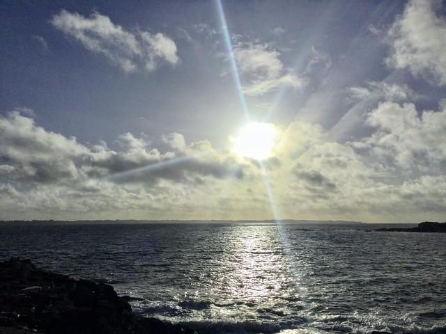 Beau ciel de Bretagne .