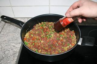 28 - Add chili flakes / Chiliflocken einstreuen