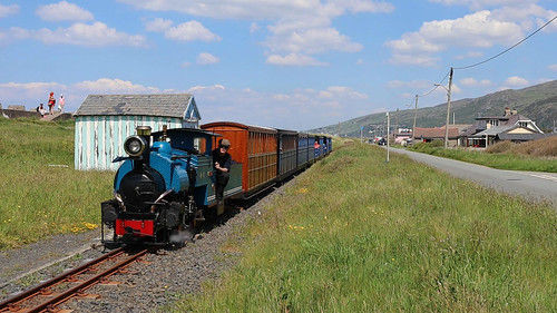 Fairbourne railway train approaching