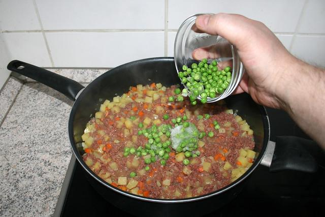 26 - Add peas / Erbsen hinzufügen