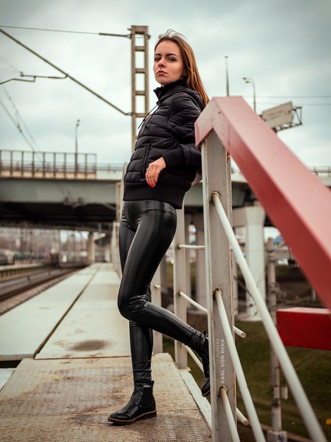 Leggings and constructions