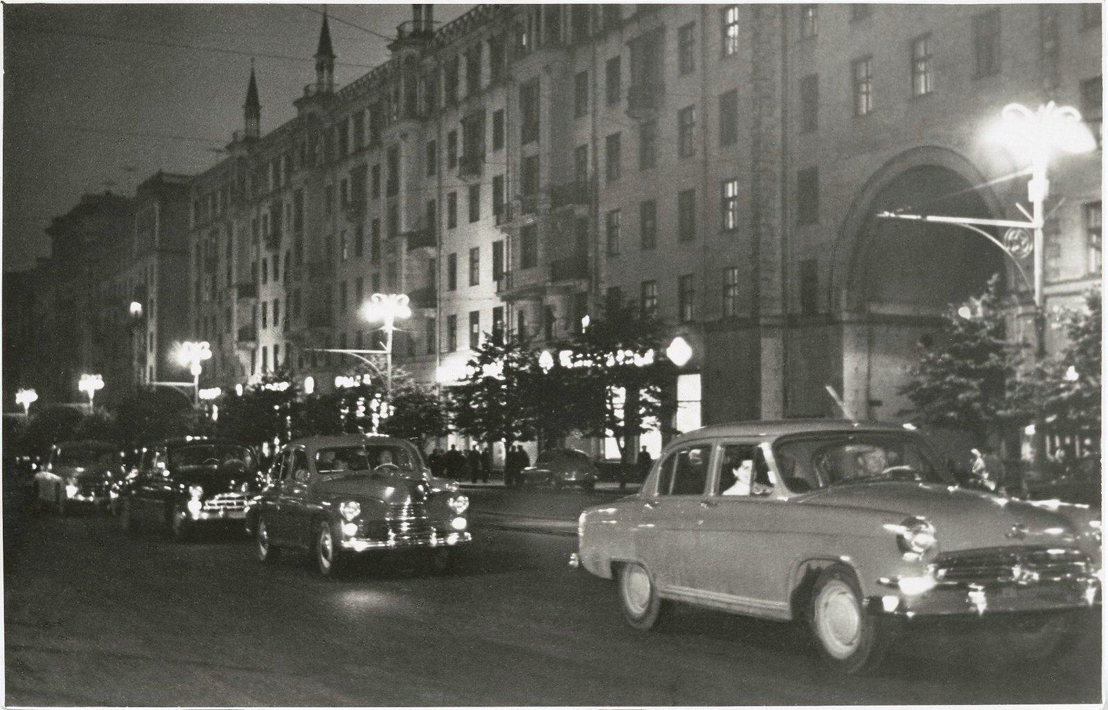1950-е. Улица Горького