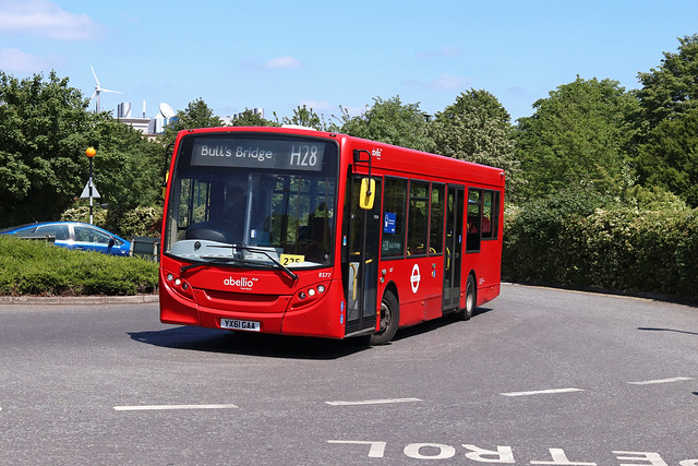 Route H28, Abellio London, 8577, YX61GAA