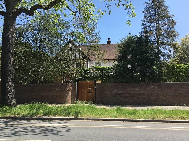 Pagoda House - Taigh Phil Lynott, Kew Garden