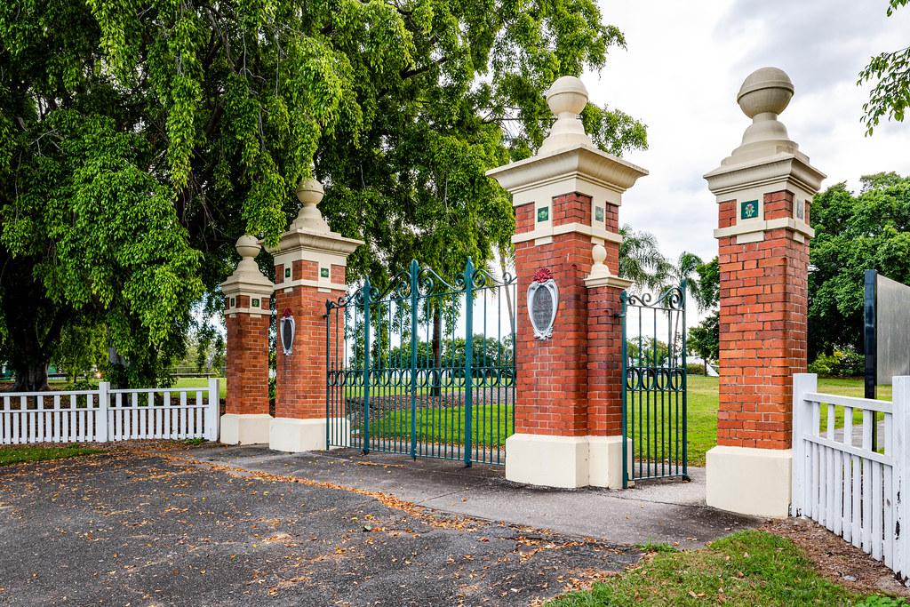 The Yeronga Memorial Park (Brisbane, Queensland)